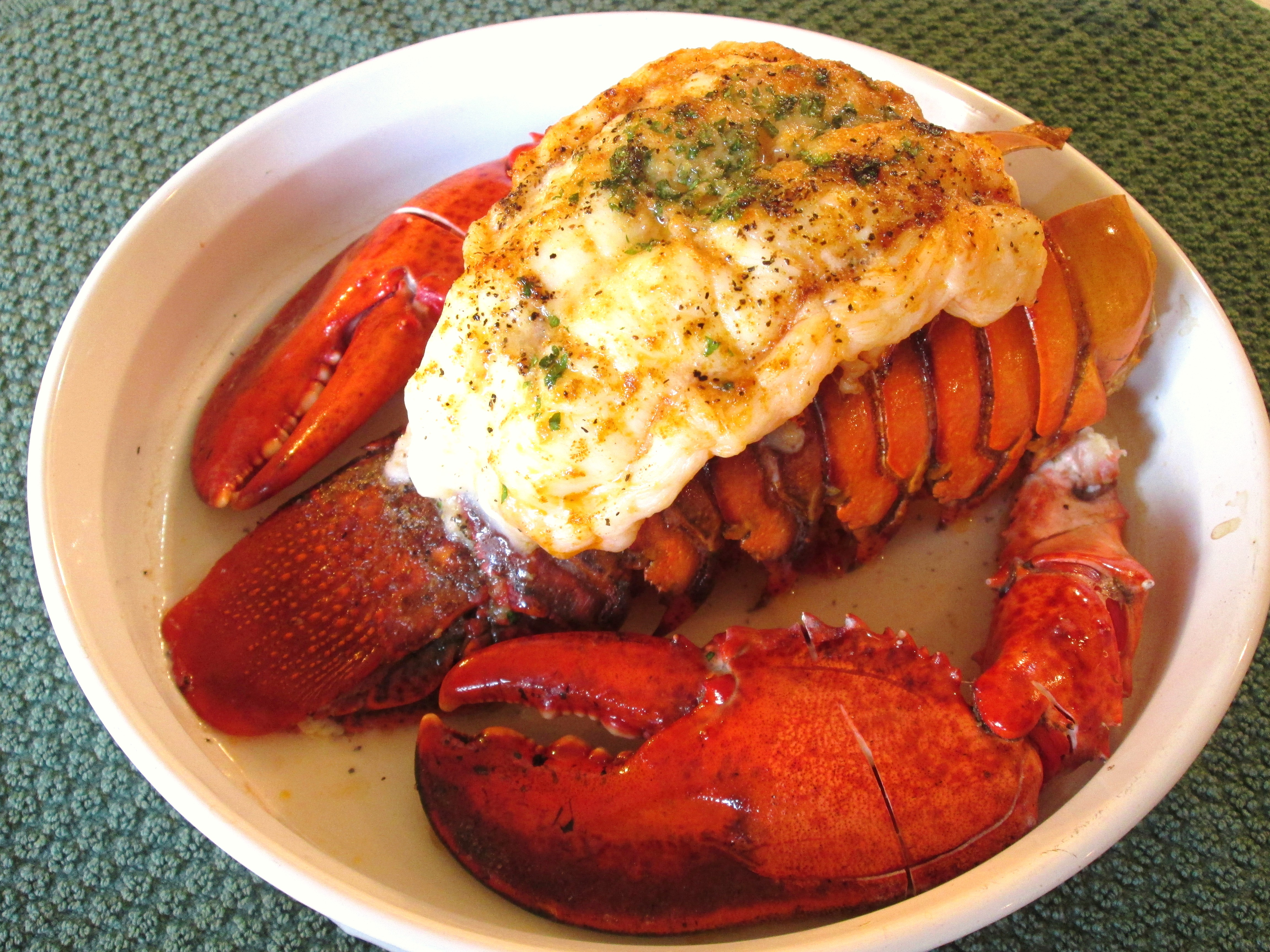 Lobster Tail with Claws - Poor Man's Gourmet Kitchen