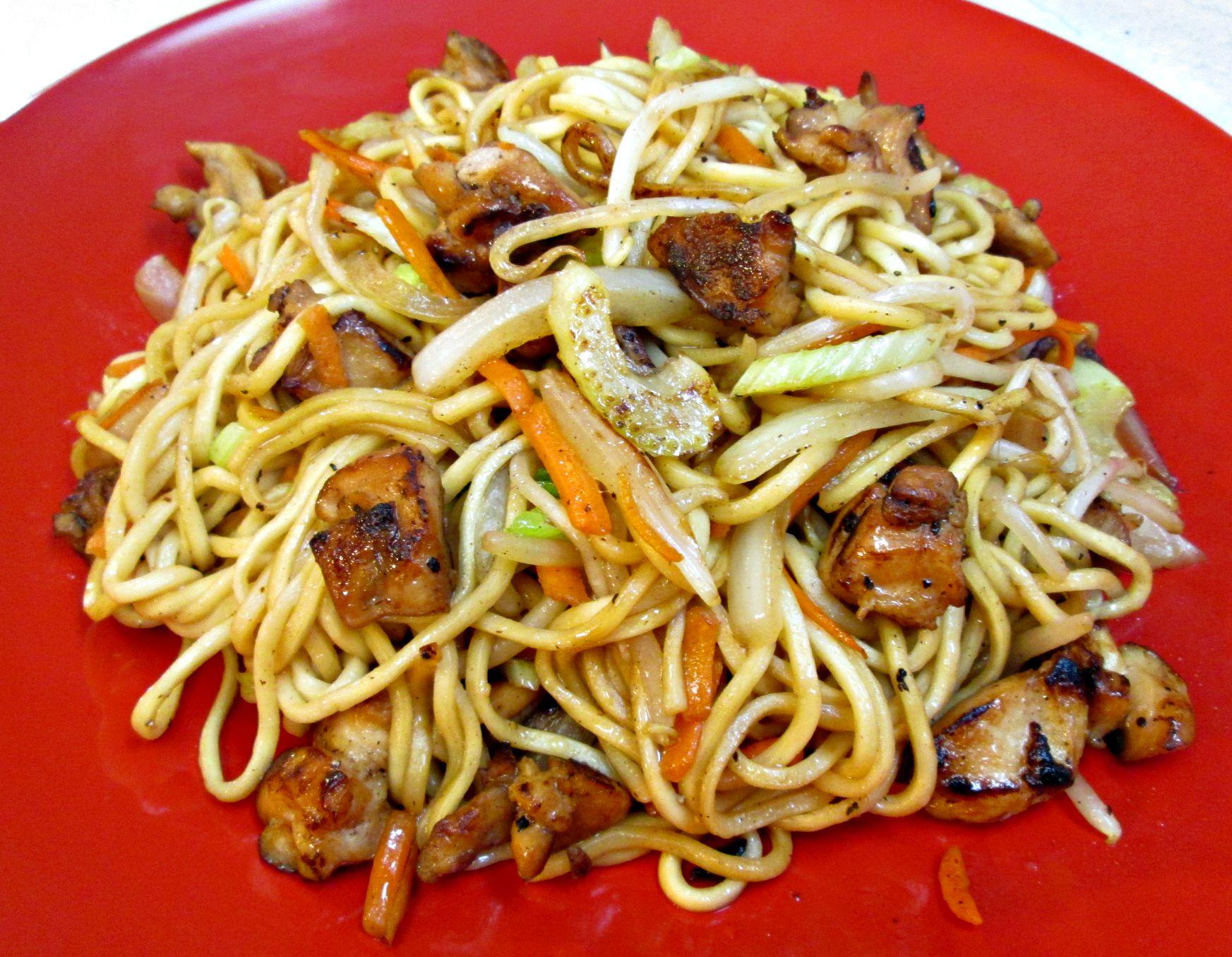 Chicken Chow Mein – Restaurant Style