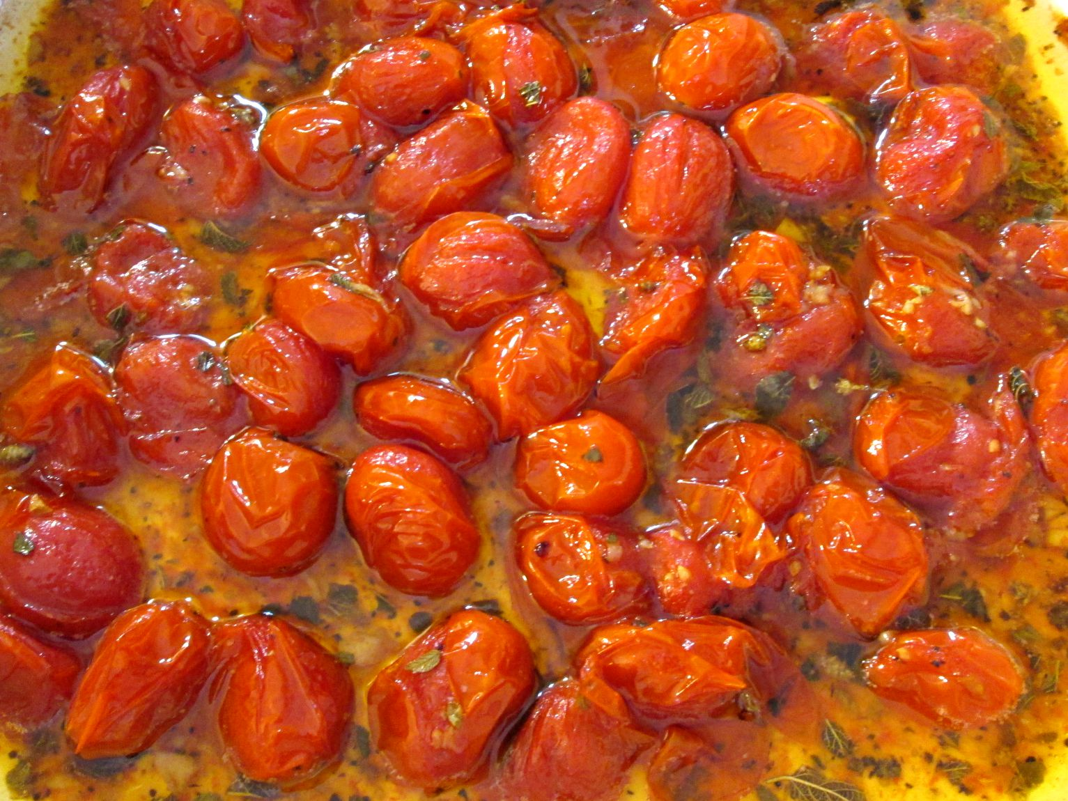 Roasted Tomatoes – Marinated and Roasted Cherry Tomatoes Recipe