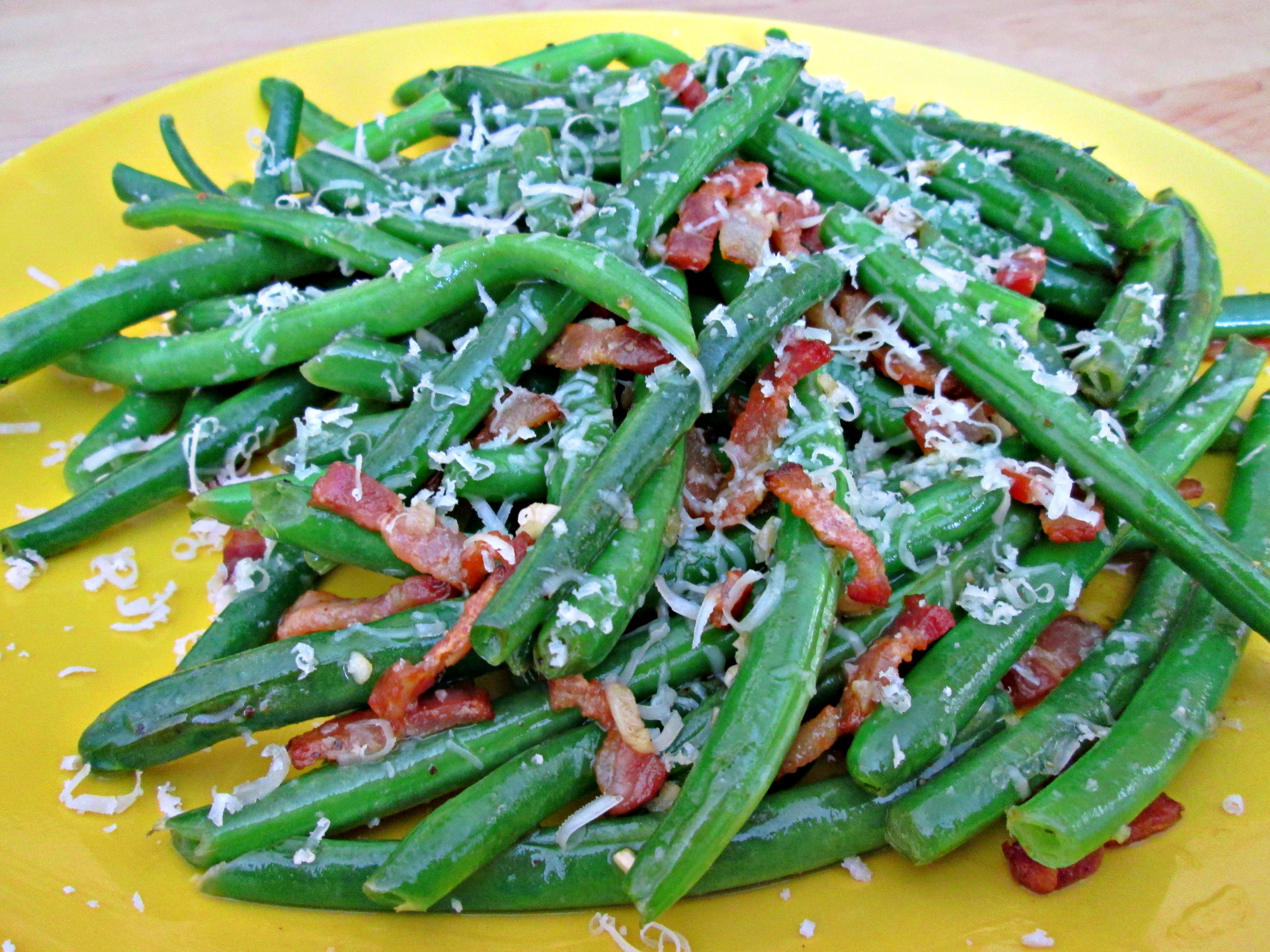 Green Beans with Garlic Parmesan and Bacon