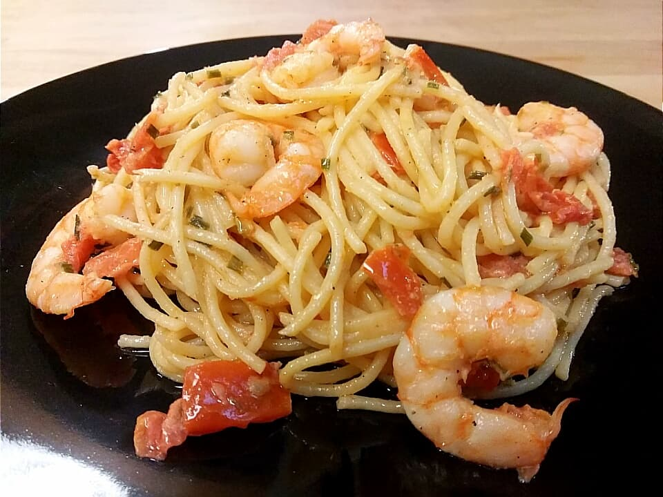 Tomato Creamy Pasta with Shrimp